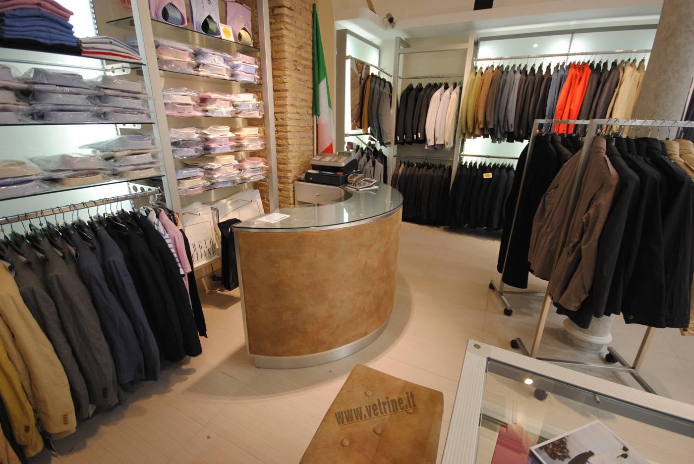 arredamento negozio abbigliamento:stilitalia | tutto per negozi.com - Arredamento Negozio Abbigliamento Moderno