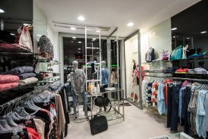 aprire un negozio abbigliamento